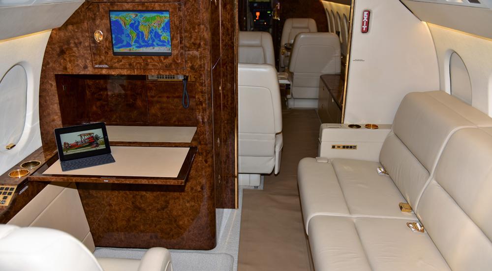 Falcon-900EX-NEW-Interior5