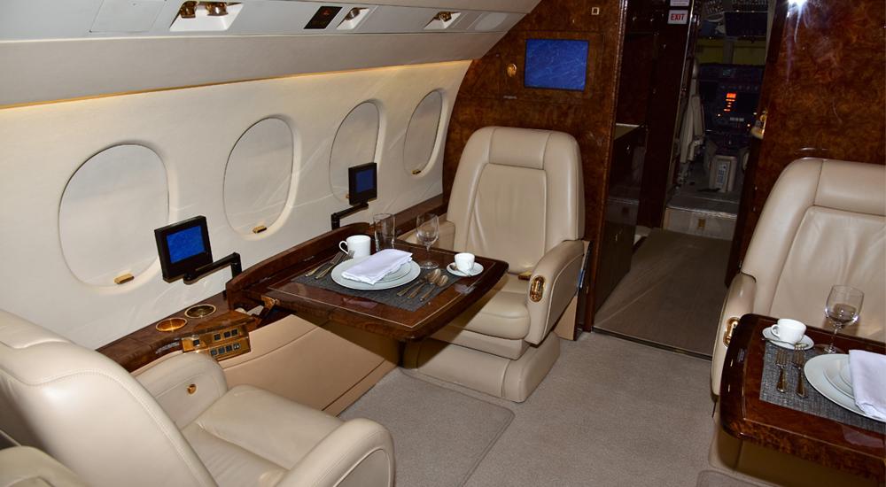 Falcon-900EX-NEW-Interior8