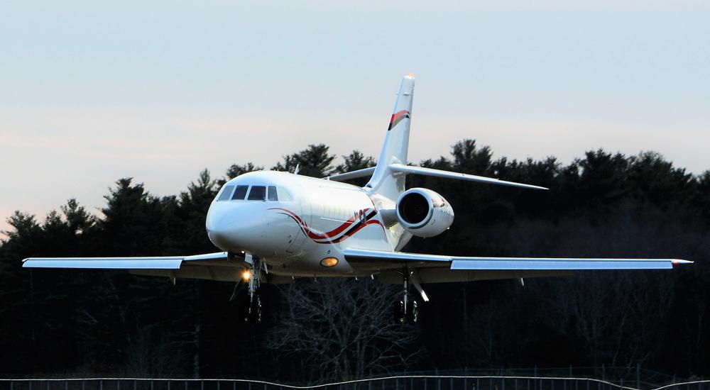 Falcon2000-Flare